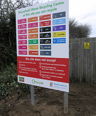 BEDFORD HWRC ENTRANCE INFORMATION SIGN